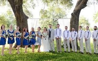 Оформление свадебного зала в сине белом цвете. Как оформить свадьбу в синем цвете: красивые и оригинальные идеи. Банкетный зал и угощения