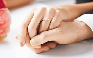 Через сколько свадьба после подачи заявления. Через сколько проводится регистрация брака после подачи заявления в загс